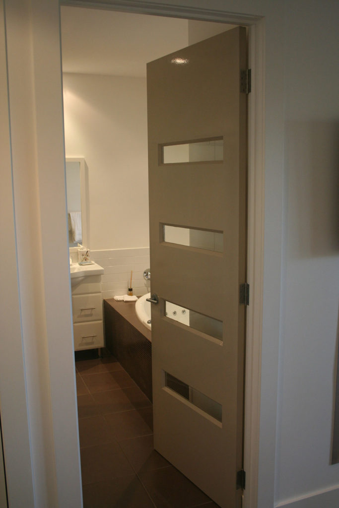 bathroom-door